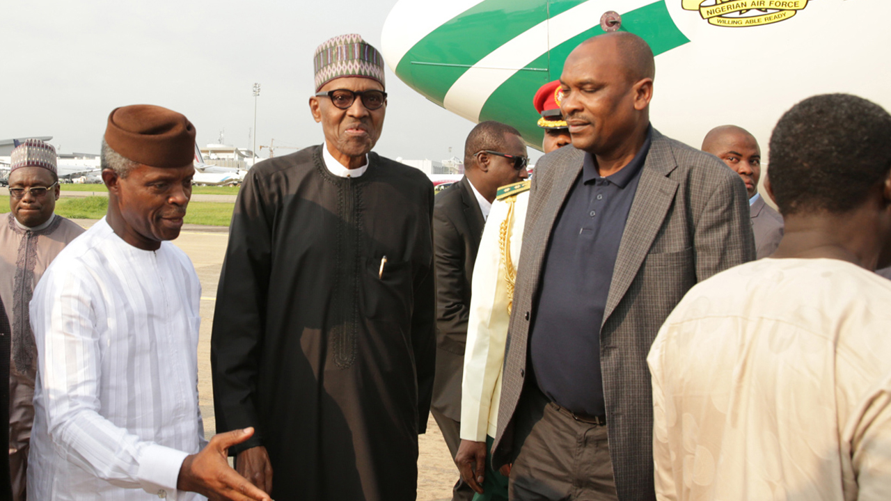 Saraki and Dogara visits President Buhari in London