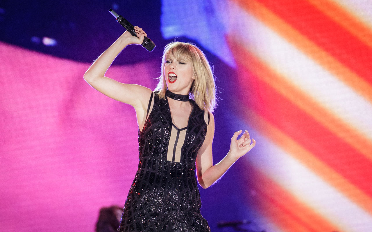 Taylor Swift's 'Beautiful Ghosts' For Film, 'Cats' Is A Bittersweet Melody