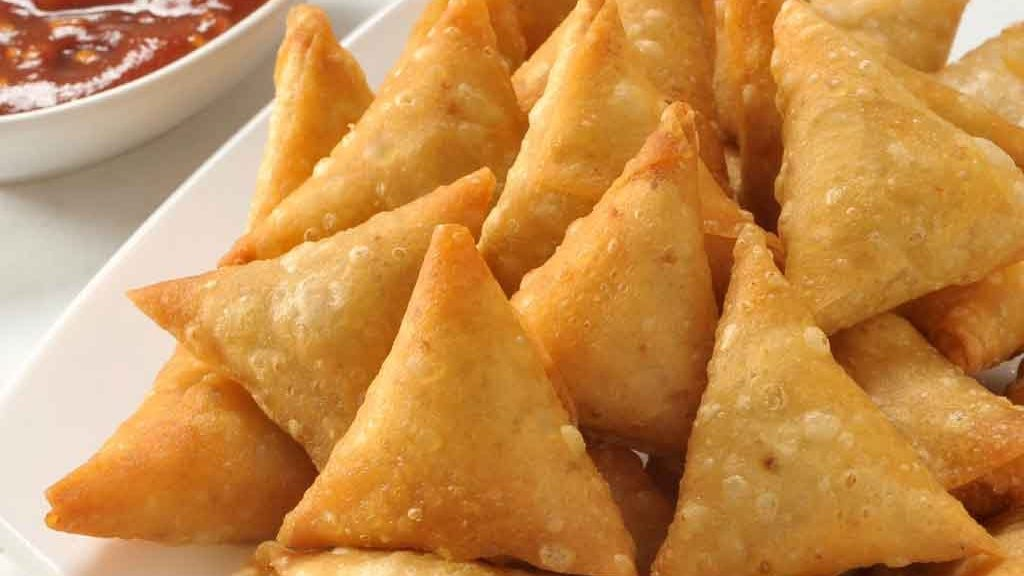 how to make vegetable samosa at home