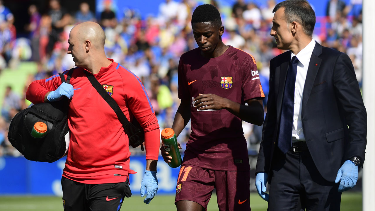 Barcelona's new star Dembele set to miss four months injured