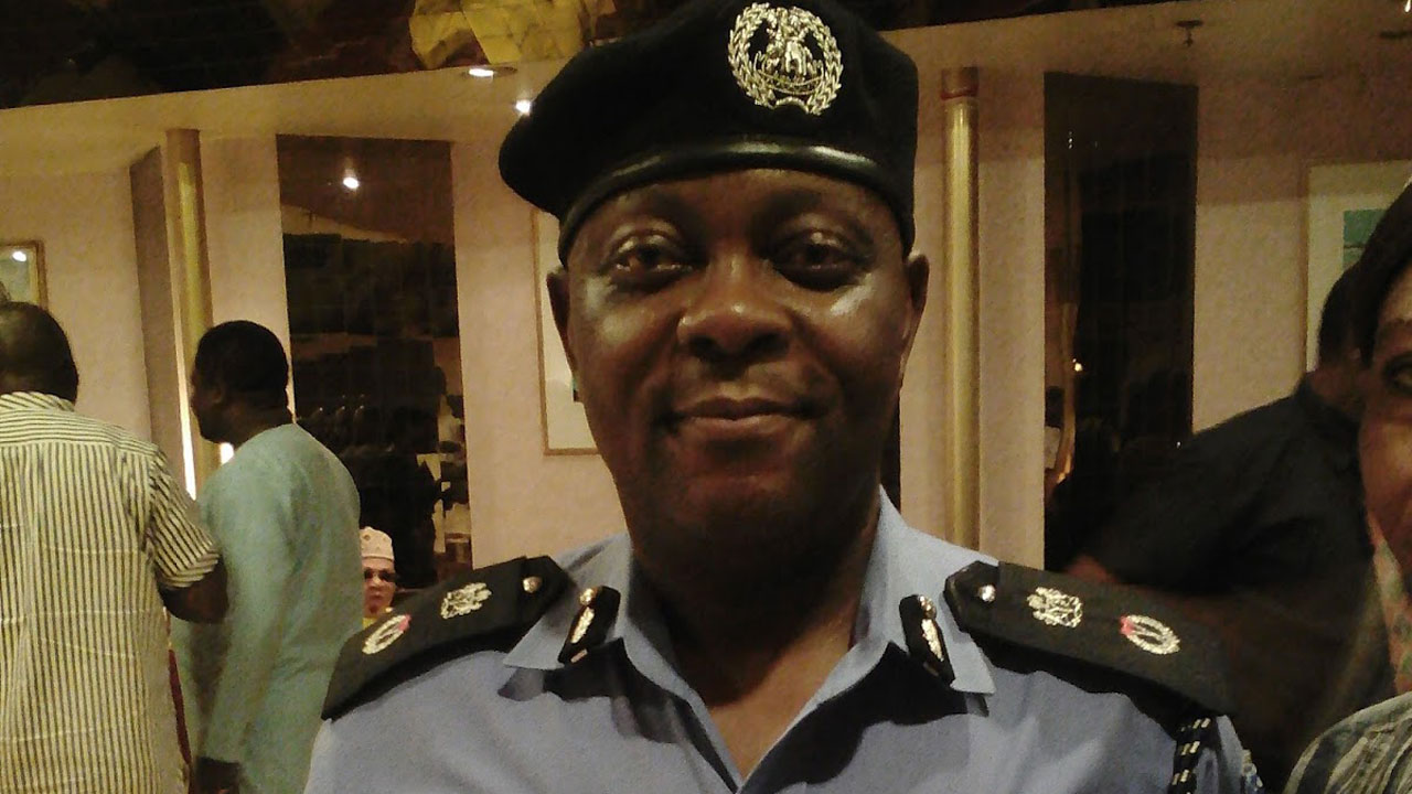 NEWS:CP vows to gun down robbers who sent letters to Lagos community