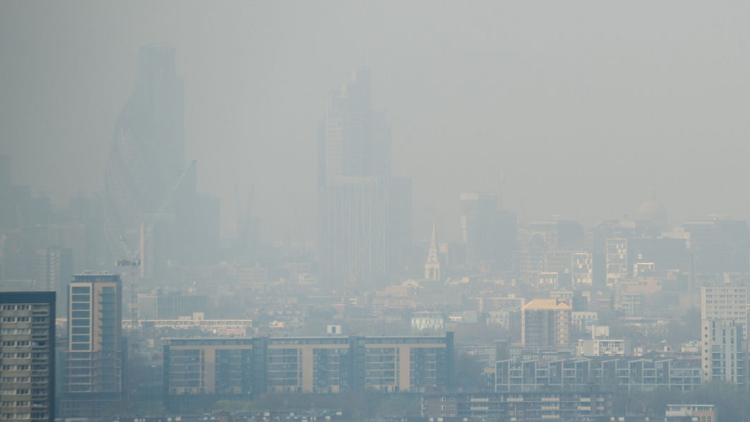 UN slams UK government over 'plague' of air pollution