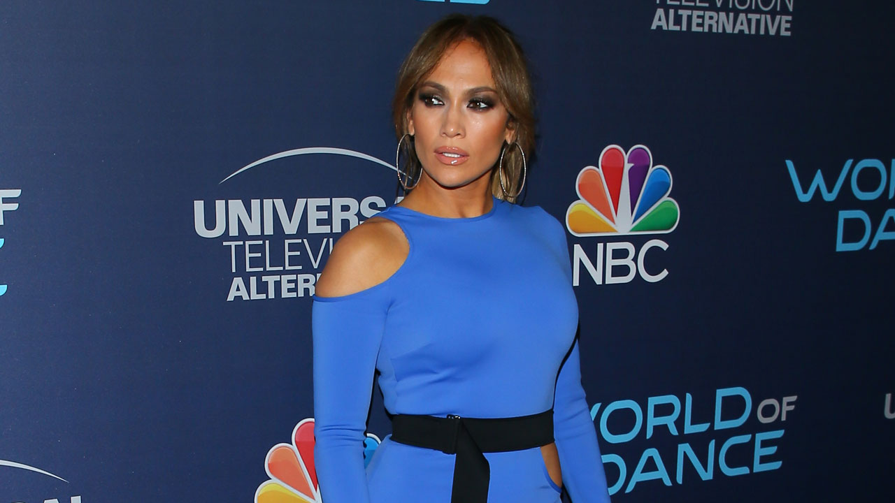 Jennifer Lopez Is Donating $1 Million to Help Puerto Rico Hurricane Victims