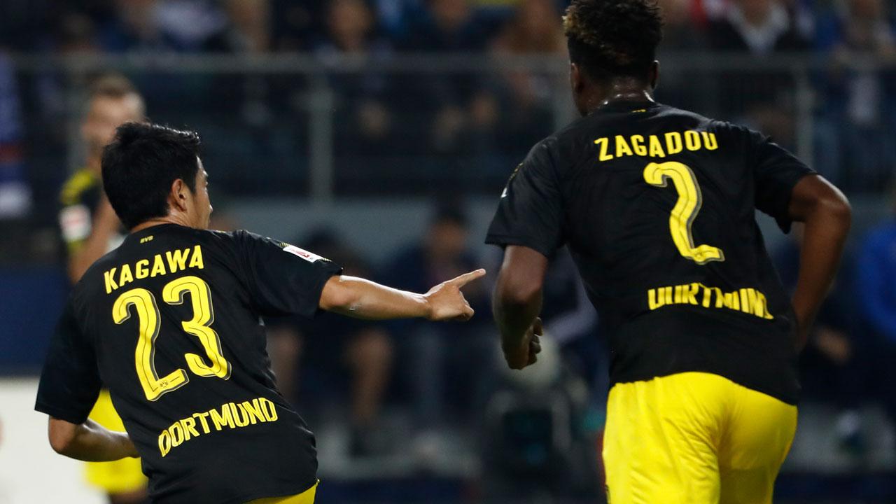 Kagawa leads Dortmund fire engine back to Bundesliga top spot