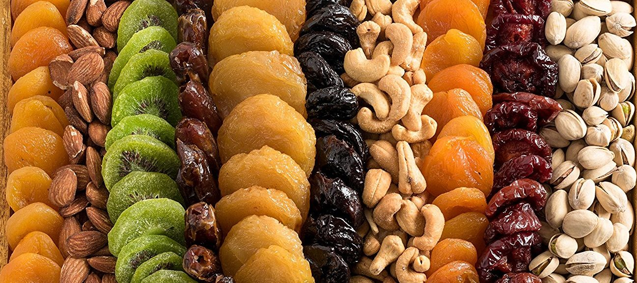 The 7 Best Dried Fruits For Healthy And Glowing Skin