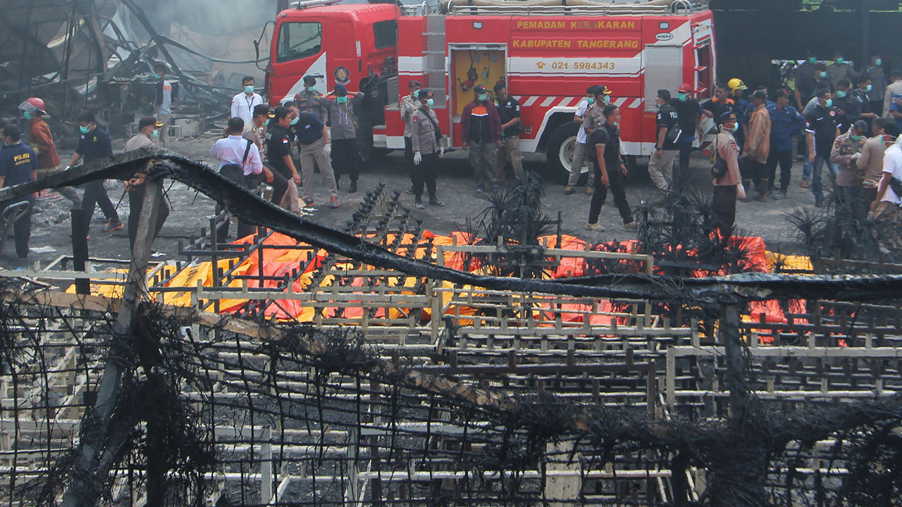 46 people killed, 43 injured in Indonesia fireworks factory fire