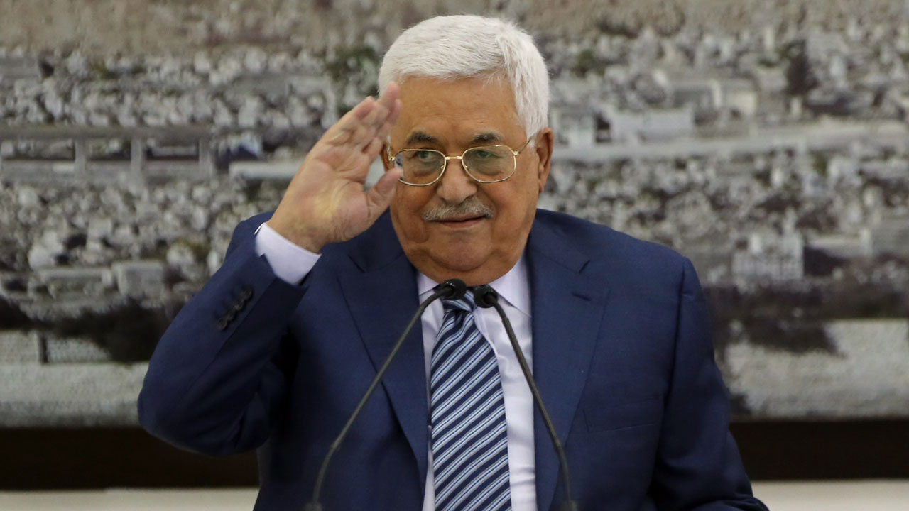 Palestinian PM in Gaza in run-up to political handover