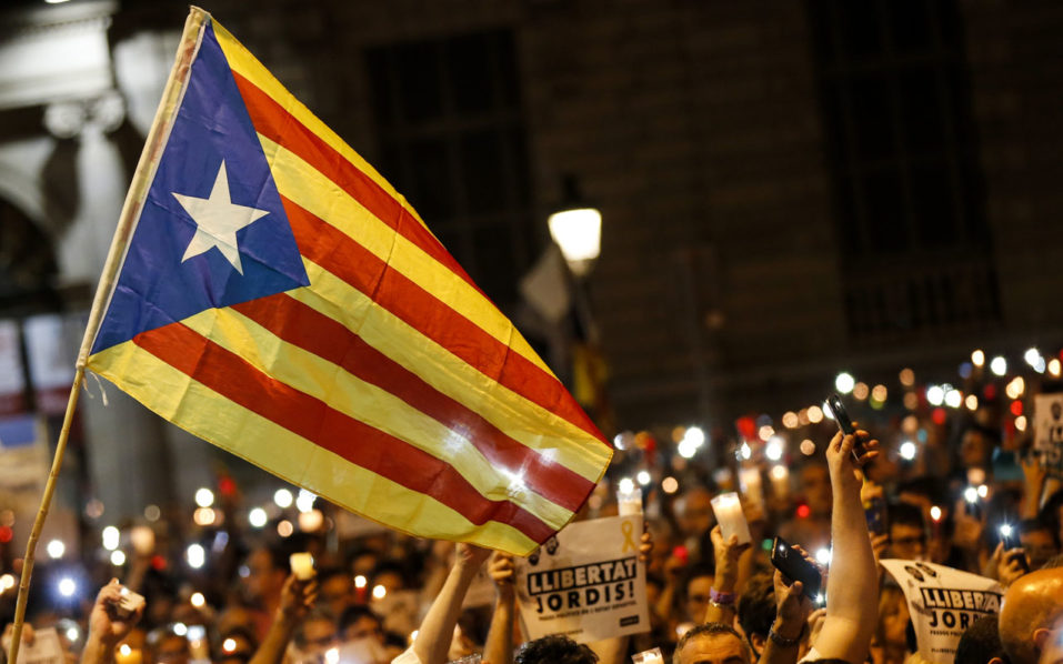 Spain to issue arrest warrant for Catalan leader