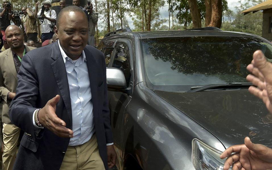 Kenyatta wins disputed Kenya elections with 98.2 percent