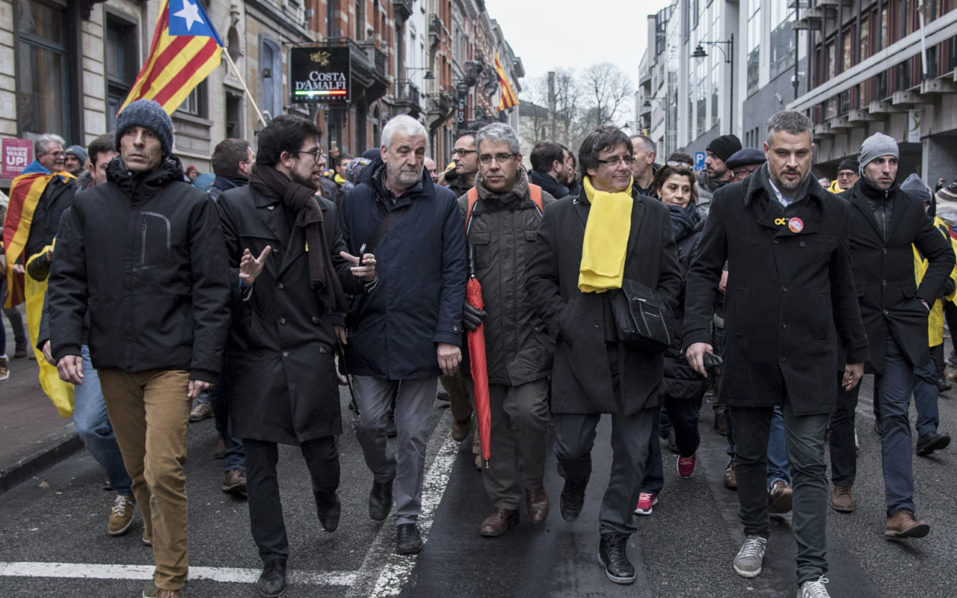 Huge Catalan march in Brussels to 'wake up Europe'
