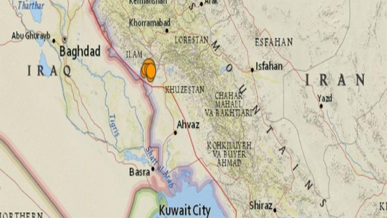 Quake hits iran iraq border region world the guardian nigeria iran iraq border photo watchers gumiabroncs Images