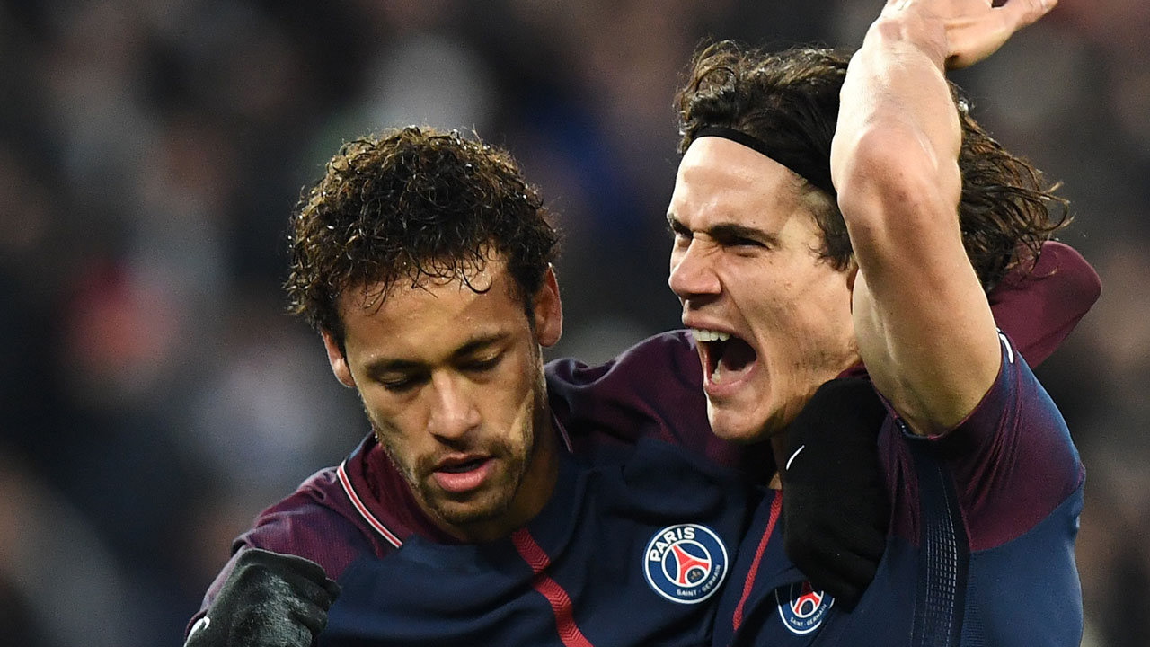 Cavani hails 'magnificent' record-breaking strike