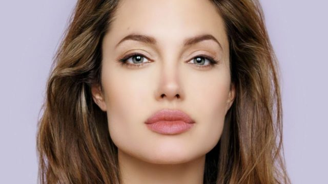 In Iraq, Angelina Jolie calls for focus on conlfict prevention