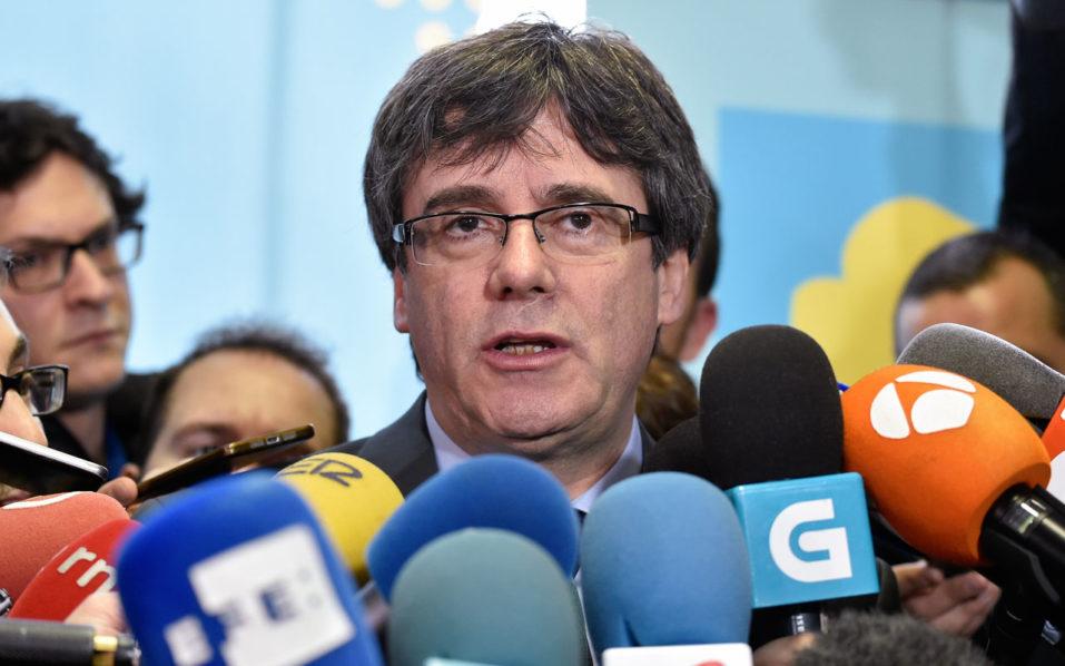 Danish lawmakers meet Catalan ex-leader Puigdemont
