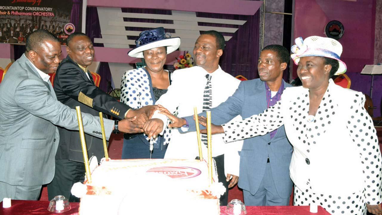Assistant General Overseer Pastor Gbesan Adebambo Assistant General Overseer Pastor Kehinde Adegbolahan Assistant General Overseer And Wife Of Go