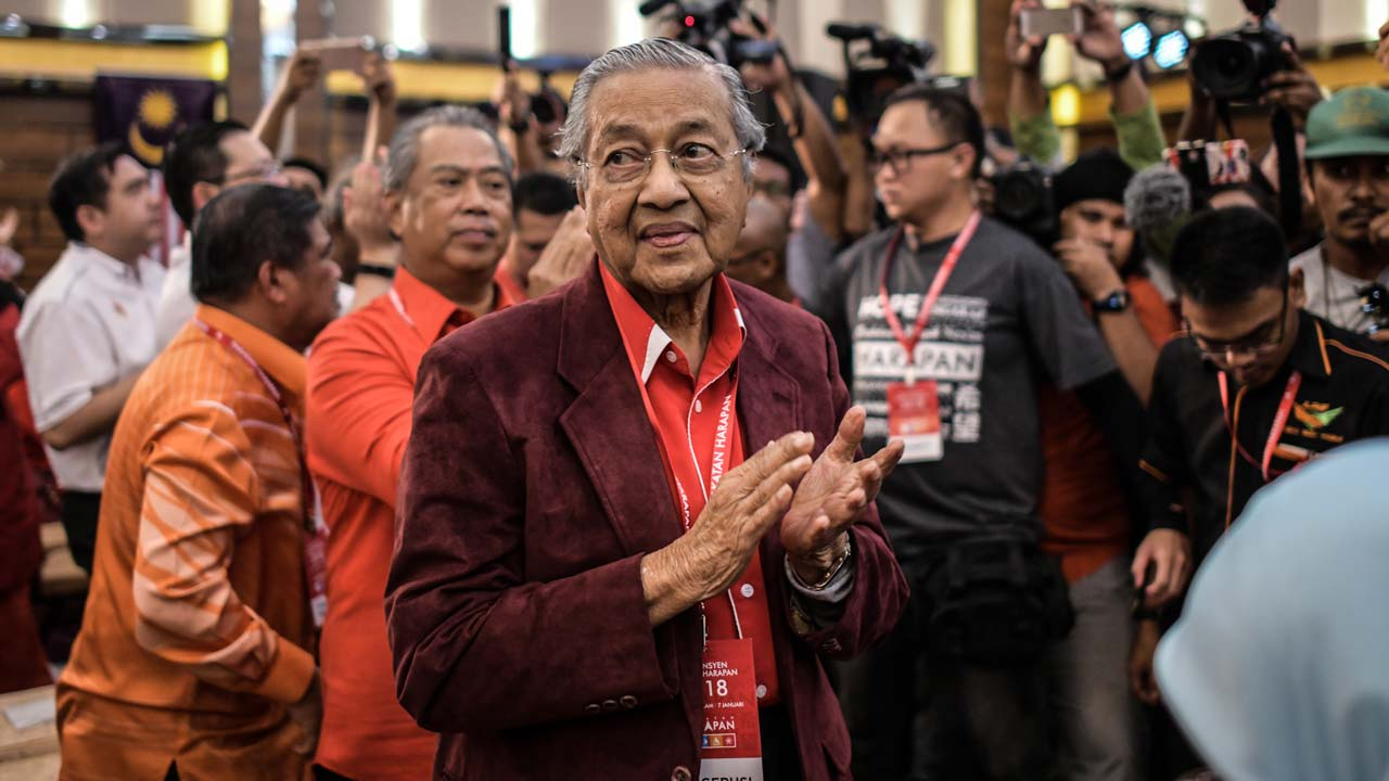 At 92+Mahathir Mohamad makes a comeback in GE-14 | Din Merican: the ... Din Merican - WordPress.com Image result for saifuddin abdullah and Dr.Mahathir
