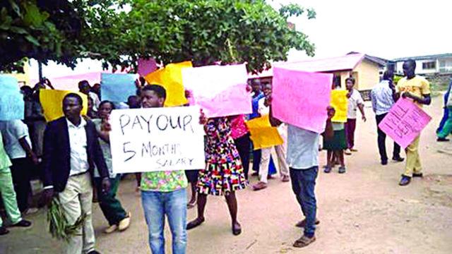 States lumber under unpaid salaries, pensions, despite bailout, Paris club refund