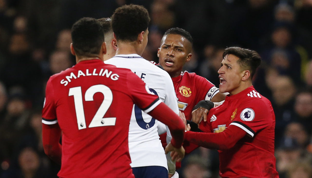 Solskjaer, Pochettino face off in Man United 'audition'