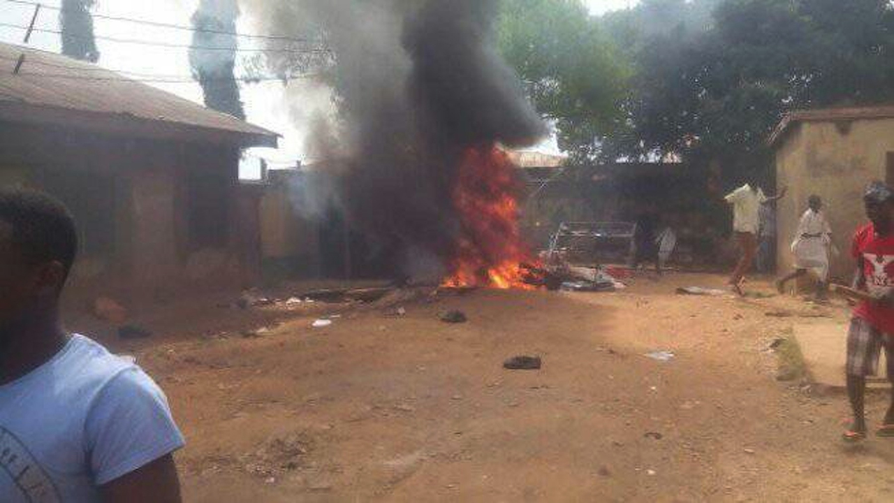 Mob razes church, police post in Kaduna