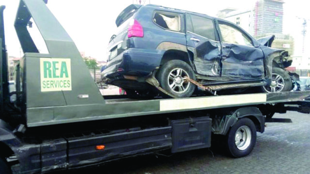 Drunk motorist, drives against traffic, kills four