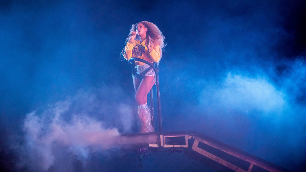 Beyonce Features Adichies Quotes Honours Fela The Guardian