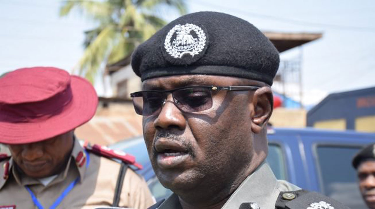 Senator Dino Melaye visits Kogi State, warmly welcomed by the Police
