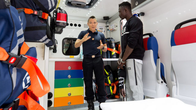 'African Spiderman' rejects Mali president's offer, begins firefighting training in France