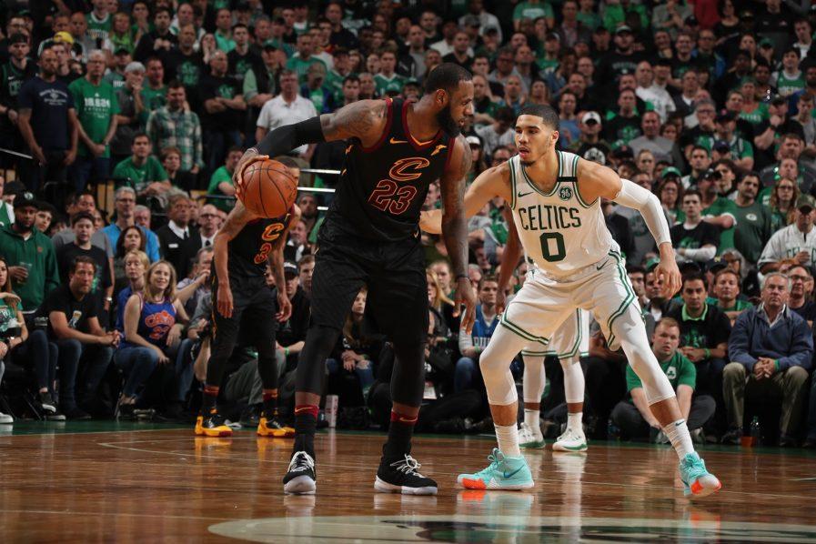 b826448e3638 LeBron leads longshot Cavs against Warriors in NBA Finals