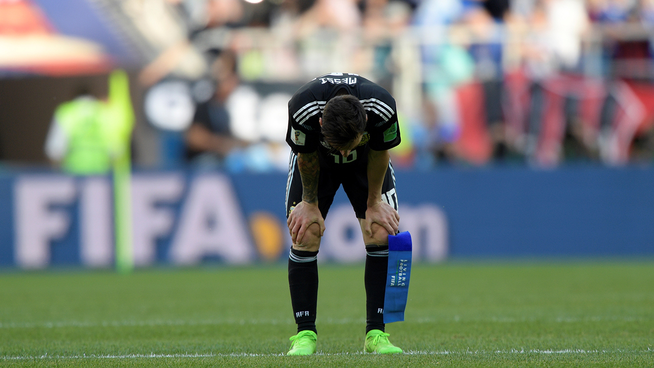 Messi misses penalty as Iceland hold Argentina for famous draw