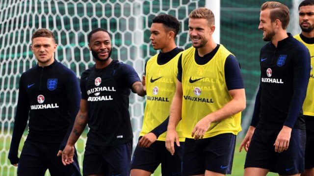 England's Kane gang eye last 16, Japan face Senegal