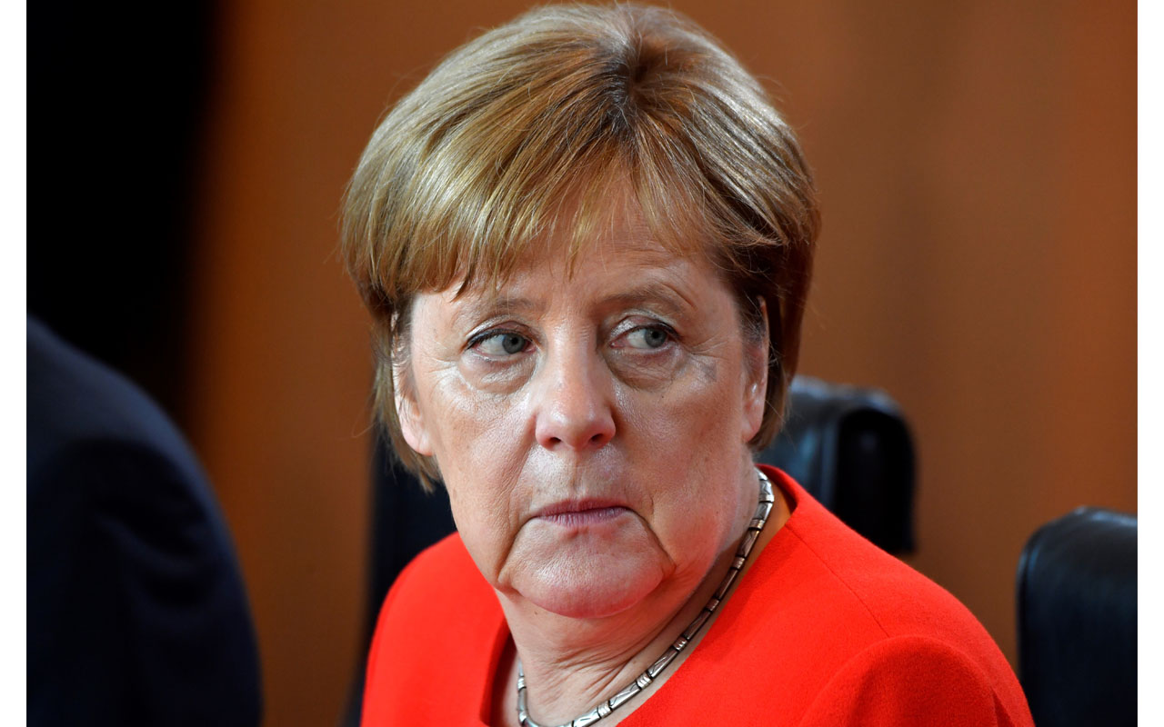 Embattled Merkel draws up new measures to tackle migration ...