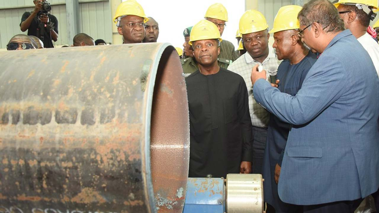 [Image: Visit-to-Dangote-Refinery.jpg]