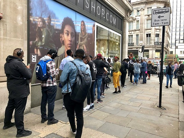 9a18370d0 People on the queue waiting to the buy the Nigeria super Eagles Photo   Twitter Carl Craigslist