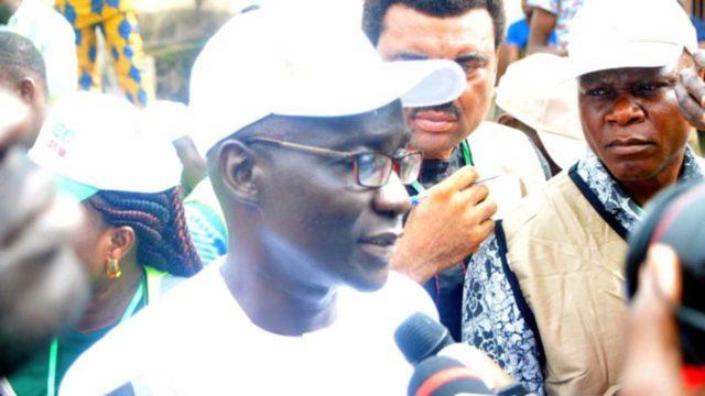 Ekiti Polls : PDP candidate Olusola Eleka votes after card reader hiccup