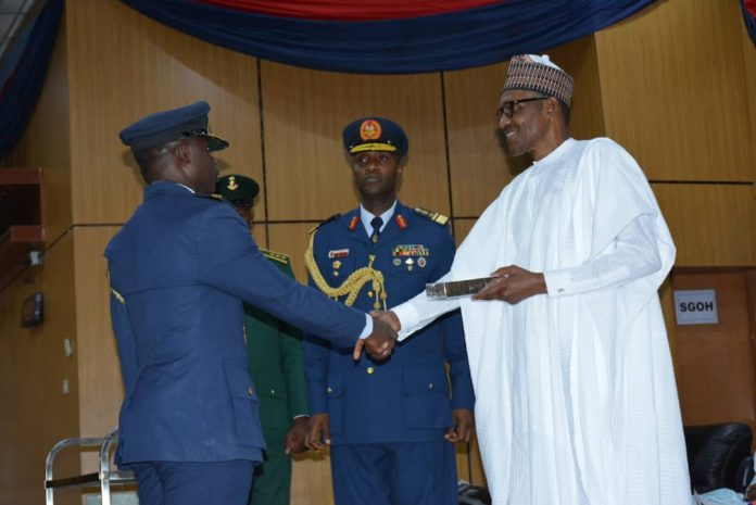 Nigerian Air force officer breaks 20-year record | The