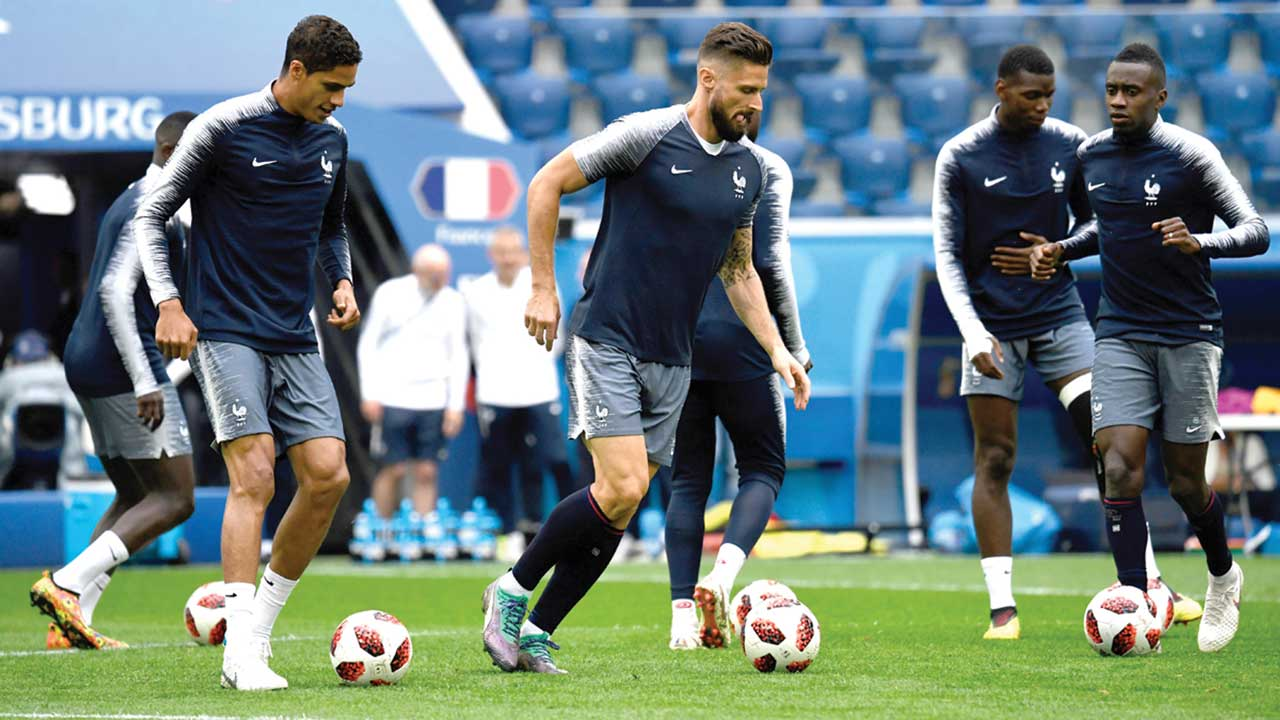 Belgium, France go to war for final ticket