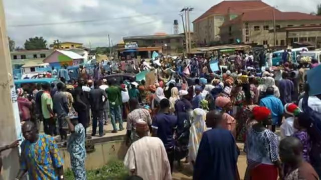 Protesters claim Osun governorship primary was rigged
