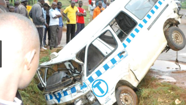 Truck crushes two to death on Lagos-Ibadan highway