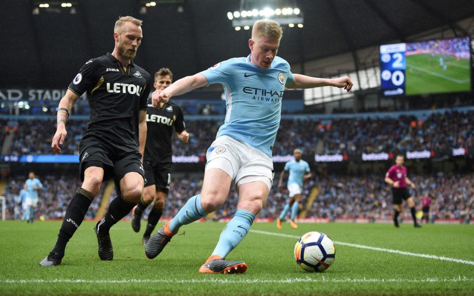 SPORT: Man City star De Bruyne to miss three months with knee injury