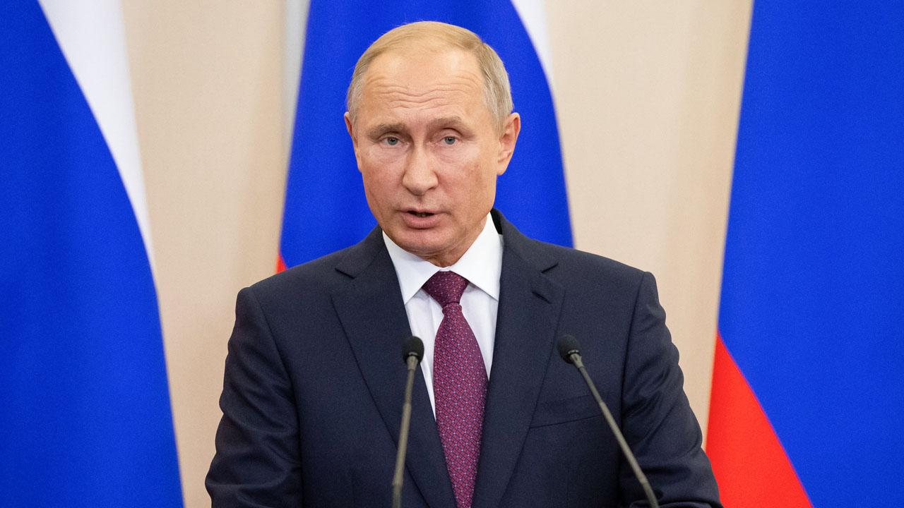 Protect Russian businesses, Putin tells prosecutors