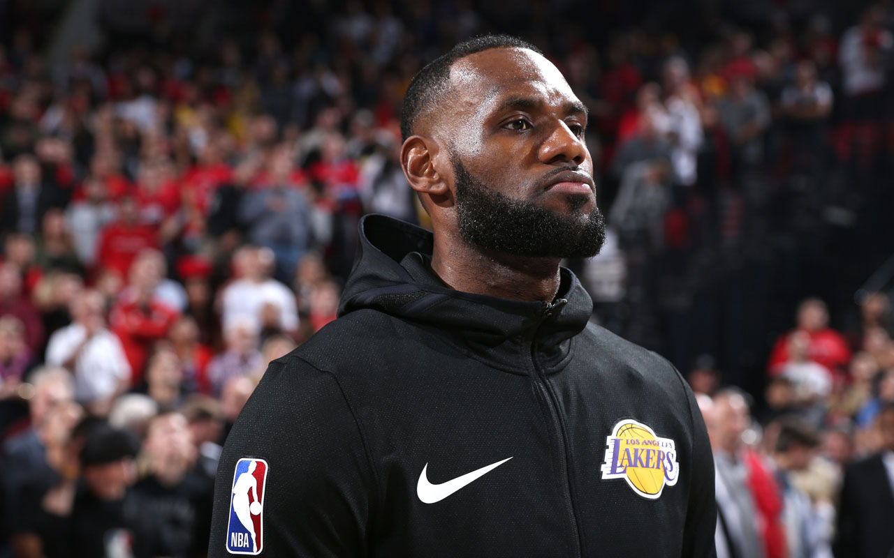 5ff9ca4ea5b LeBron James delivers 26 but Trail Blazers spoil his Lakers debut ...