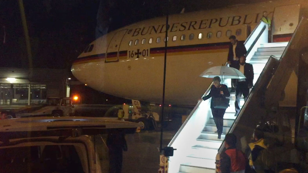 Merkel's plane makes unscheduled landing after technical hitch