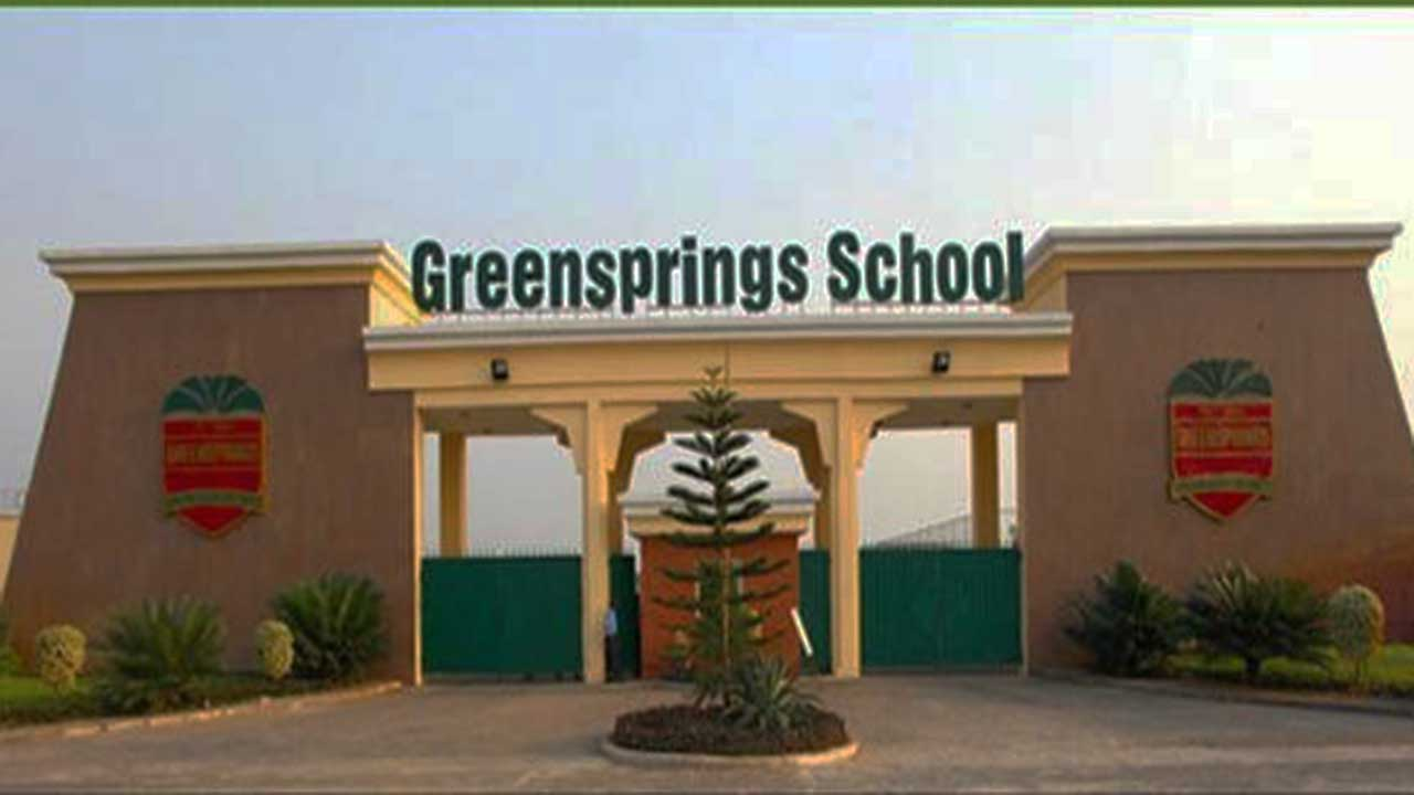 2 students to benefit from Greensprings school scholarship