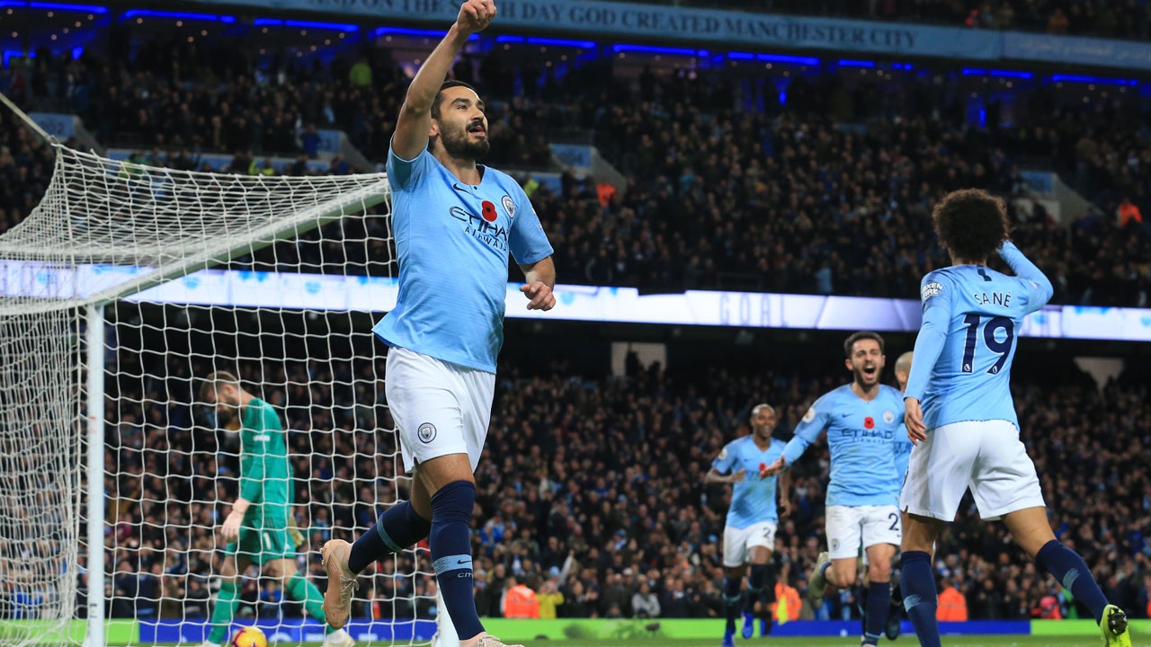 Man City dominate Man Utd, Liverpool win but Chelsea, Arsenal stumble