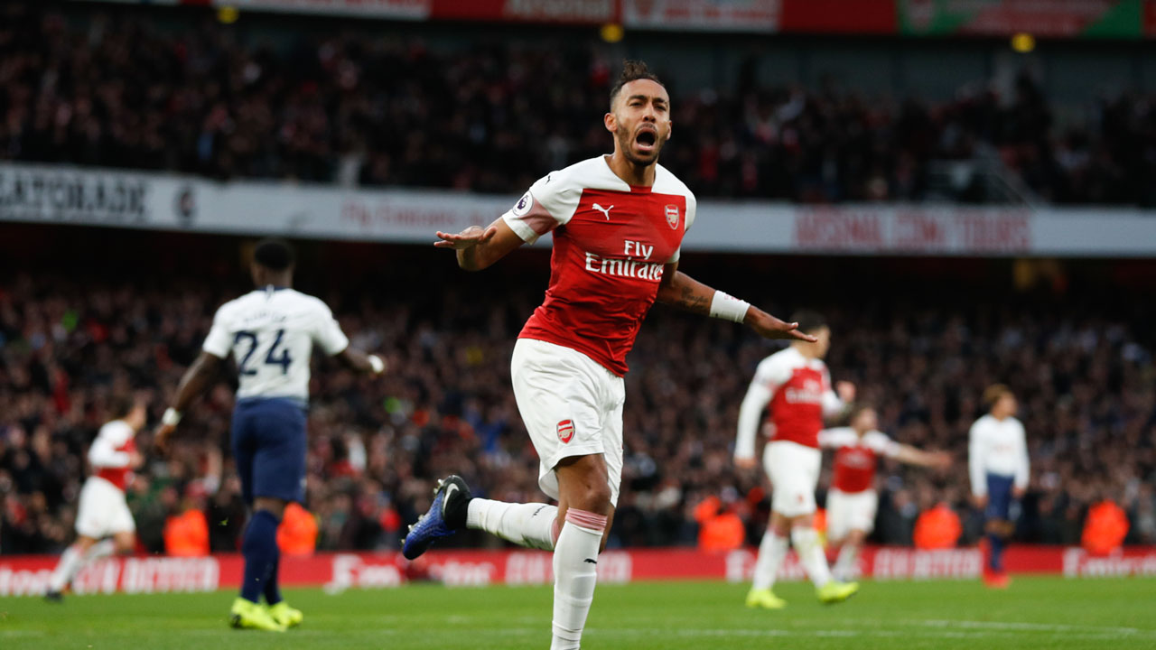 Aubameyang stars as Arsenal fightback stuns Spurs