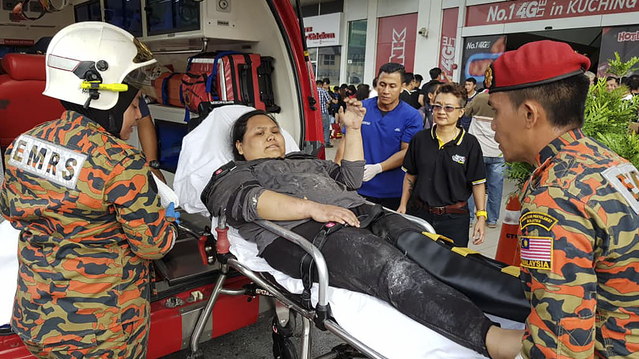 Three killed in Malaysia shopping mall explosion