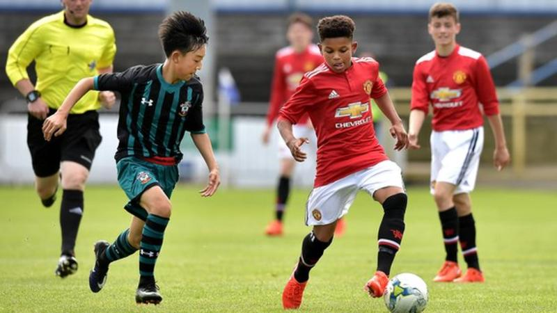 Manchester United's Shola Shoretire 14 youngest player in UEFA Youth League