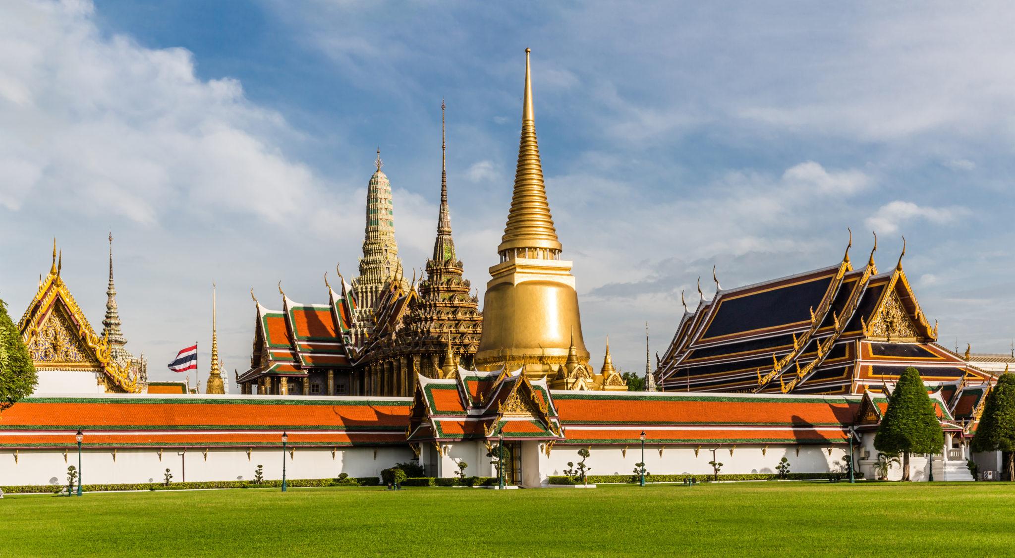 Wat Phra Kaew by Ninara, Thailand