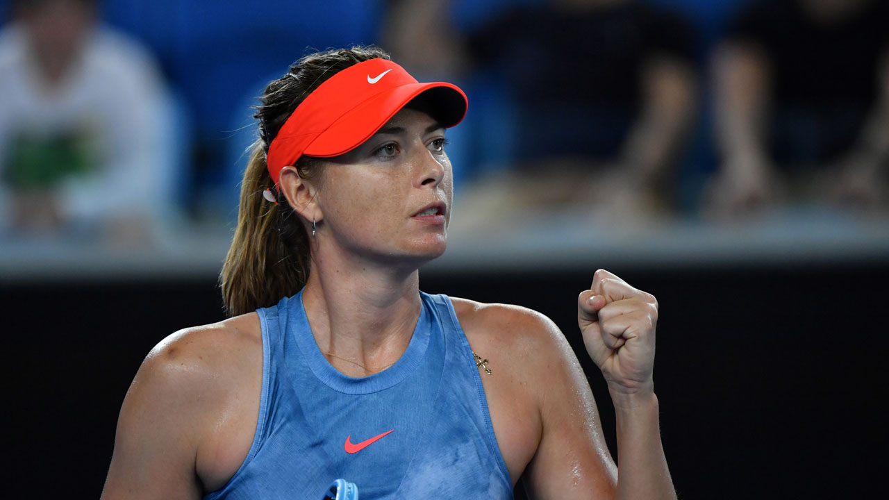 Sharapova claims underdog status against Wozniacki