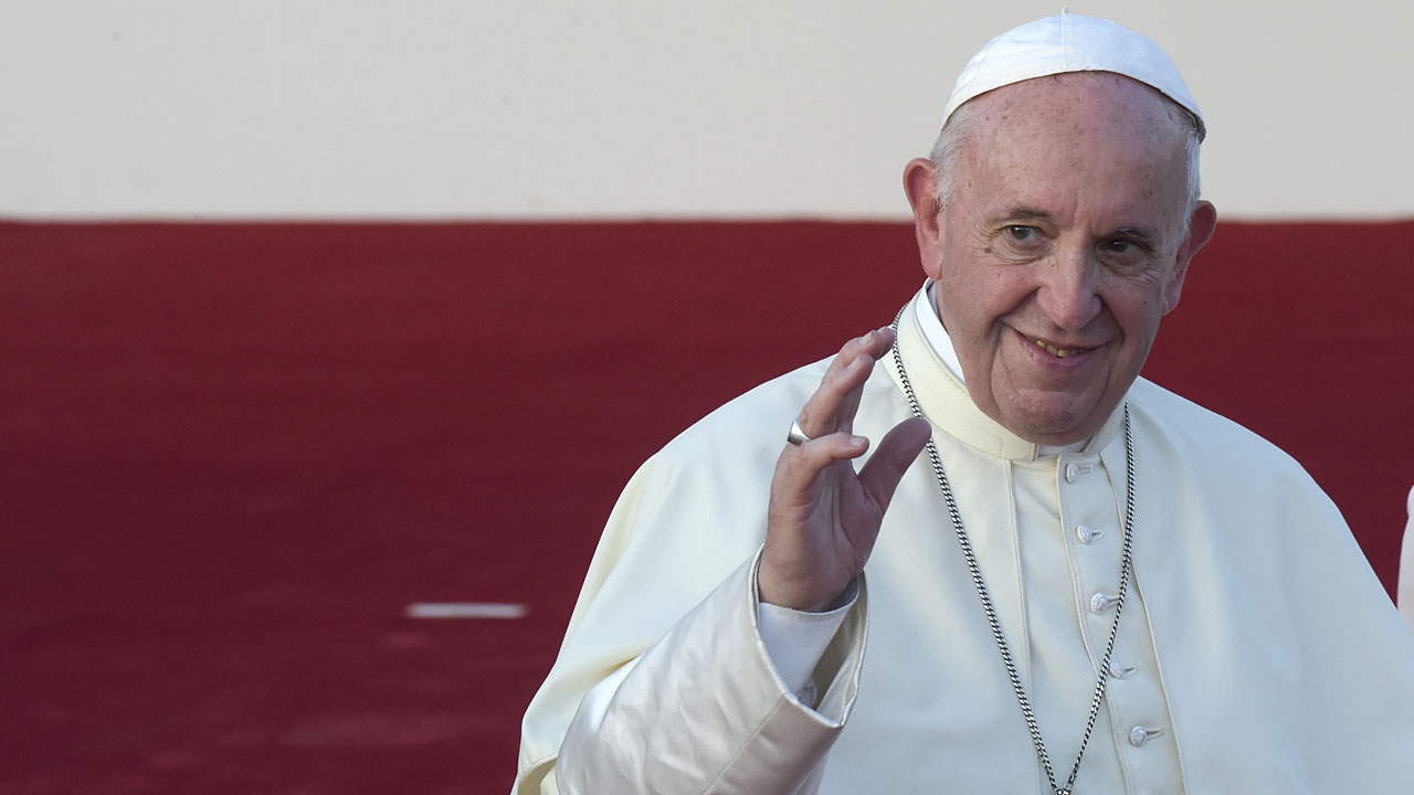 Pope Francis rules out changing priest celibacy rules